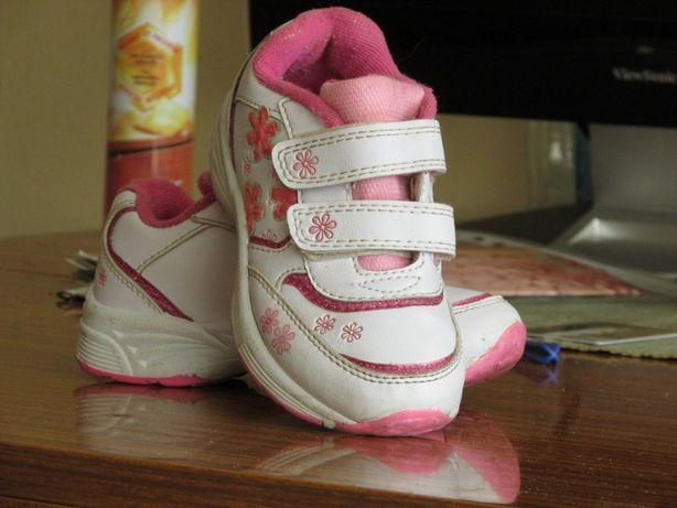 378b3f7709bd83 Кросівкі 28 16,5 см: 200 грн. - Дитяче взуття Стебник на Olx