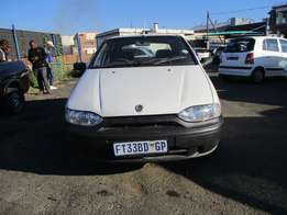 Fiat palio 1.2ed C/d Player, Central Locking, White in Color, 142000K