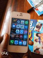 iPhone 4s 32GB iOS 9.2 with charger