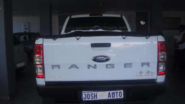 Pre owned 2012 Ford Ranger 2.2 double cab hi rider Bruma - image 4