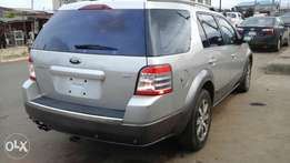 Tokunbo 2008 Ford taurus X (3 ROW SEAT)