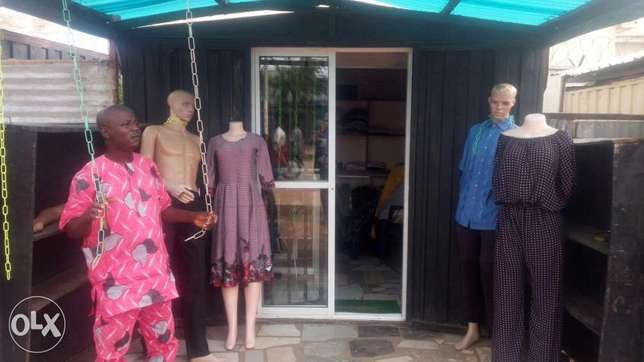 Contain well furnished boutique at Kuje 4 sell am married & relocating Kuje - image 2