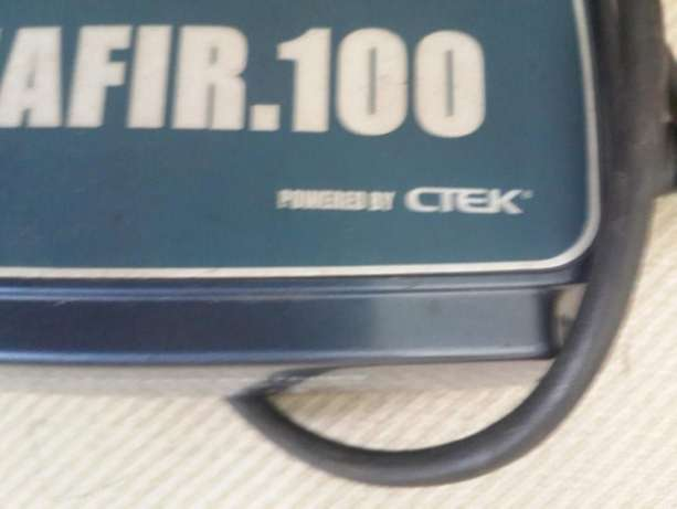 CTEK Zafir 100 Smart Battery Charger 12V 14-150 A excellent quality ch Tokai - image 1