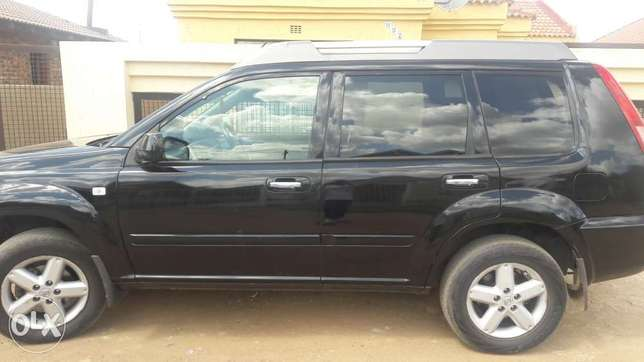Nissan xtrail in good condition.Papers available Vanderbijlpark - image 1