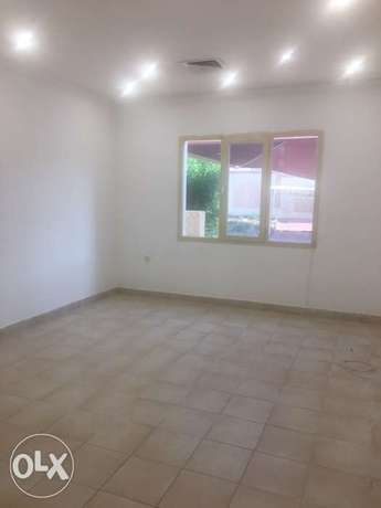 villa flat for rent in mangaf area 2 and 1 area المنقف -  2