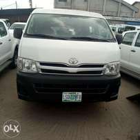 A clean and sound Toyota Hiacebus registered medium roof 2013model