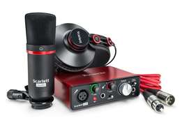 Focusrite Scarlett Solo Bundle Soundcard / Sound Card/ Microphone
