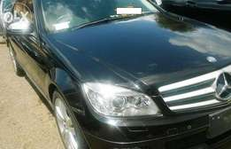 Mercedes C200 Benz black 2008