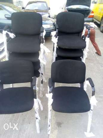 Modern unique visitor's office chair Lagos Mainland - image 1