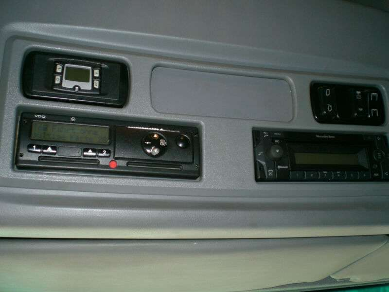 Mercedes-Benz 822 Atego Standklima - 2011 - image 11