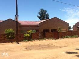 House for sale at Mankweng Unit A opposite University of Limpopo