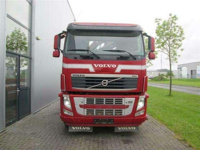Volvo FH460 8X2 WITH HIAB CABLE + HIAB 077 B 2 CL EURO - 2013 - image 3