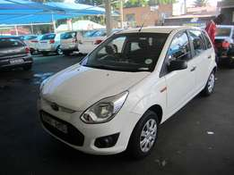 2014 White Ford Figo 1,4 engine