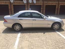 Benz in Kempton Park