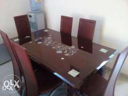 P4 dining table with chairs