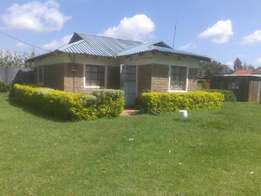 Three bedrooms house on sale on 1/4 plot at beta farm eldoret.