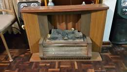 3 bar heater within stand and feature