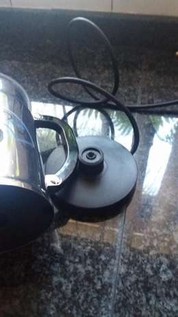 Nespresso Milk frother, brand new Edenvale - image 4