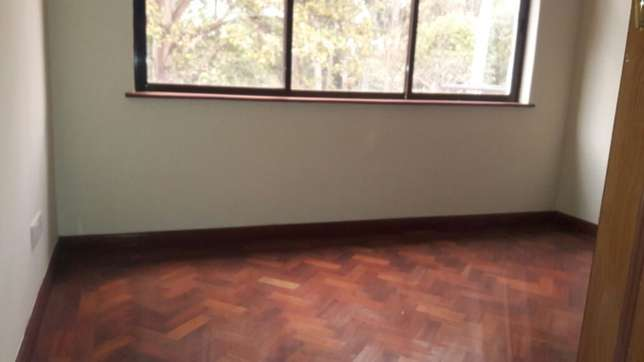 Kilimani 4 bedrooms town house to rent Kilimani - image 6