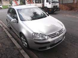 2007 Golf 5 1.6 silver color 93000km R105000