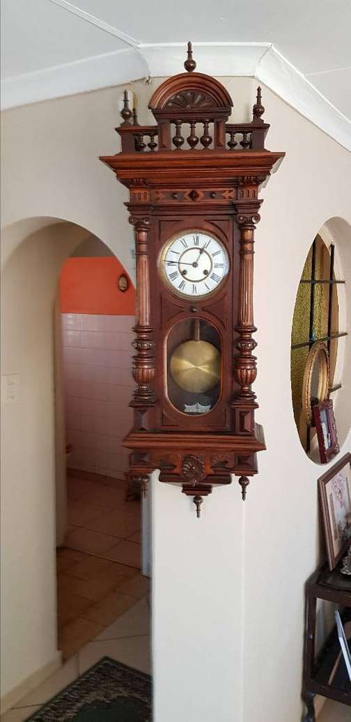 8718ba013af2 Wall clock in South Africa   Value Forest