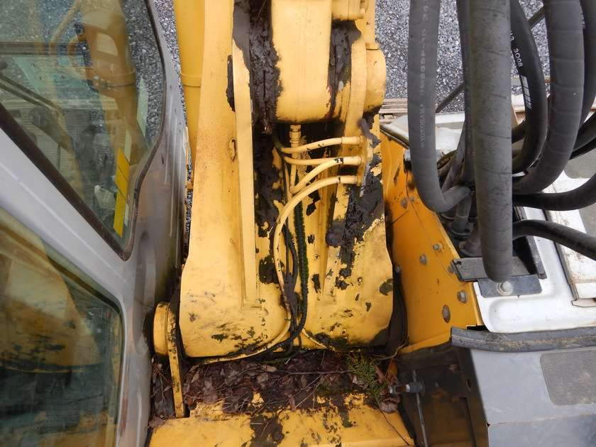 New Holland E135BSR-2 - 2009 - image 19