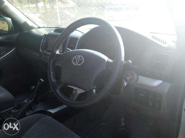 Toyota Prado 2007 model Hurlingham - image 7