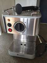 Russell Hobbs Coffee Machine with Steam Wand