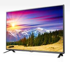new brand 32 inch lg digital TV free channels cbd shop call now