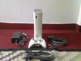 Xbox 360 for sale + 1 Game