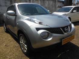 A Well loaded Nissan Juke, silver color, 1500cc!