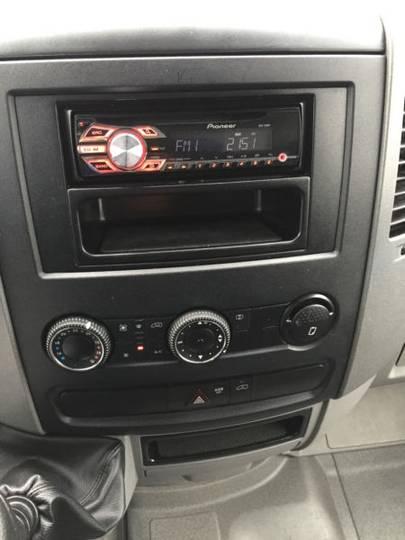 Mercedes-Benz Sprinter II Pritsche 310 CDI Klima - 2012 - image 12