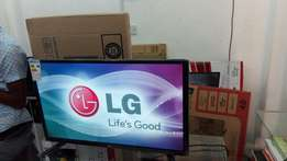 32 inches lg led digitalised flat screen tv
