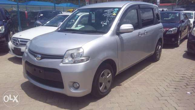 Toyota Sienta New Model Available for Sale Mombasa Island - image 3