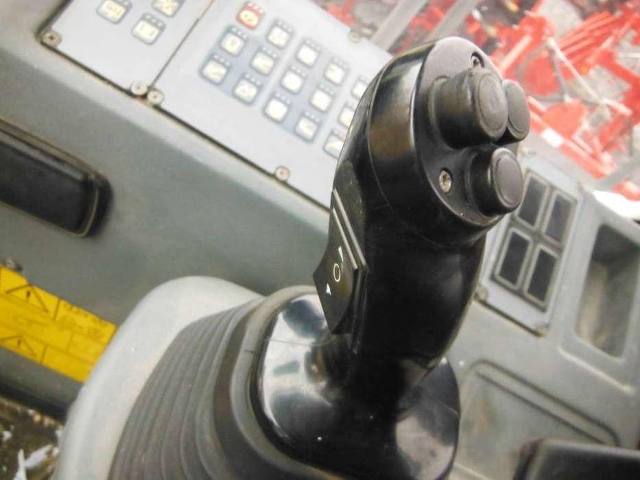 Liebherr L 586 2plus2 - 2008 - image 10