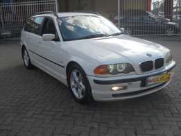 BMW 325i Station Wagon 2001