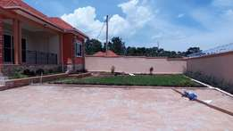 25 decimals house for sale in Kira house for sale