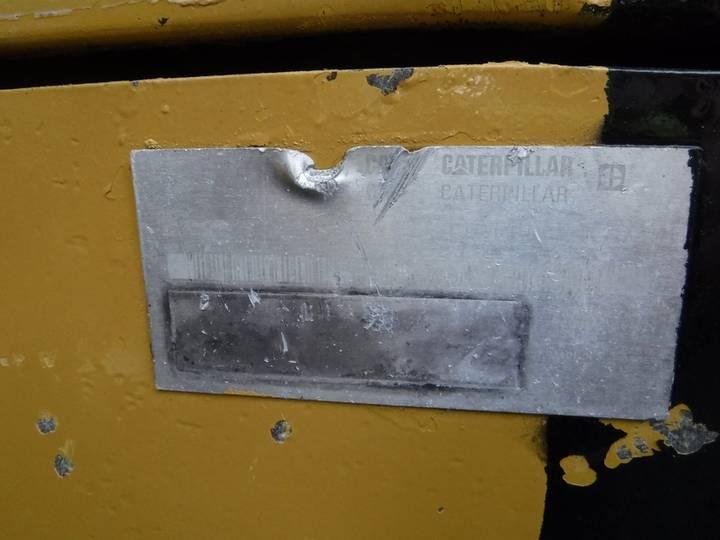 Caterpillar 318CL - 2006 - image 15