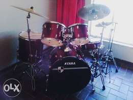 Tama Imperialstar drumkit to swop for a working piano