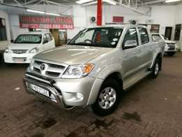 2007 Toyota Hilux 2.7VVTi D/Cab, with ONLY 164000kms,