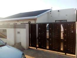 R2700 Three Bedroom House For Rent In Emdeni Soweto