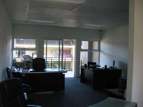Spacious office to let in Umhlanga Durban - image 2