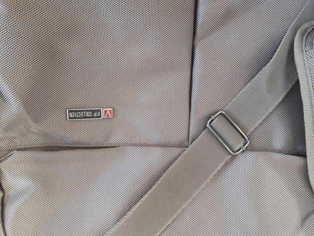 6a11ab82f5a04 Pokrowiec-torba na garnitur VIP collection Swarzędz - image 1