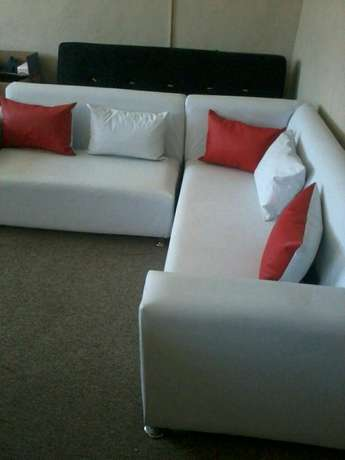 Brand new 5 seater corner Couch for sale at the factory shop for R3300 Strand - image 2