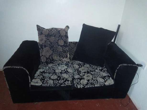 Clean, comfortable, spacious seat for sale seeking to upgrade! Kiambu Town - image 6