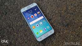 J5 Samsung galaxy, 13mp,5inches 4g internet