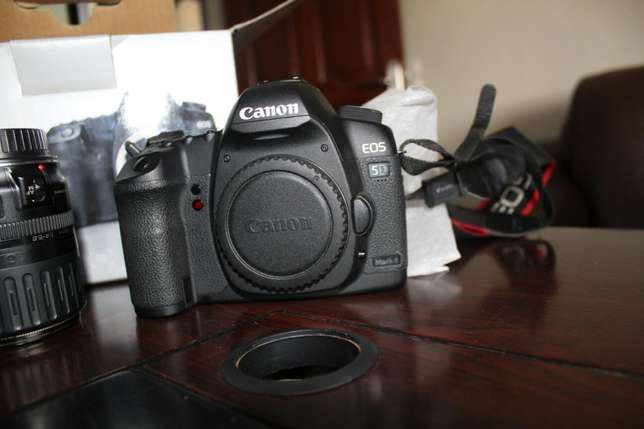 Brand new Canon EOS Mark ii with 28-105mm Kampala - image 5