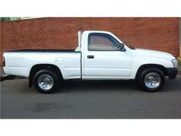 2002 Toyota Hilux 2.4D for sale24000