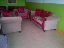 Picasso Lounge Suite for sale! (6 seater)
