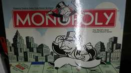 Monopoly board game 200r. New.